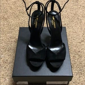 YSL pumps. Used them ones.